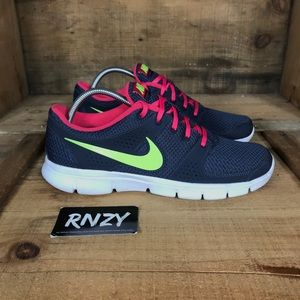 Nike Flex Experience Running